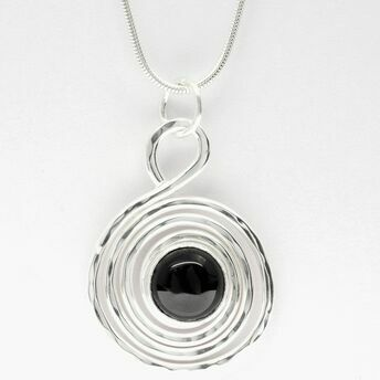 Silver spiral pendant with Onyx