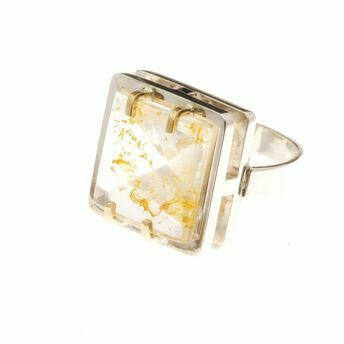 silver and 9ct gold ring, quartz with oxide inclusions