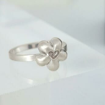 Silver Flower Heart Ring