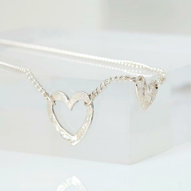 Silver Single Strand Double Heart Necklace
